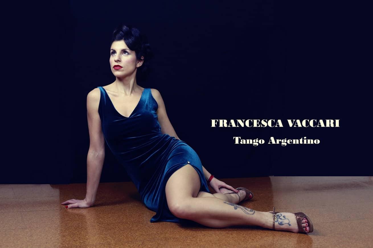 tango argentino barcelona franceca vaccari bailarina de tango vetido morado 2